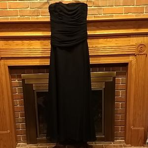 Sz 10 Vera Wang black chiffon dress